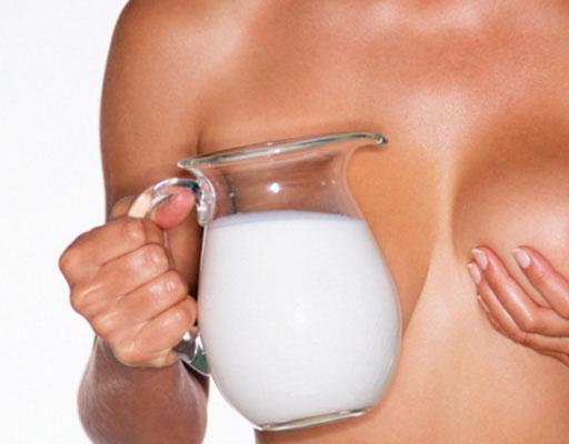 фото молоко из грудей